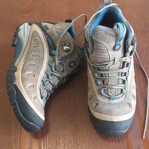 Merrell 6 chameleon mid hiking boots waterproof